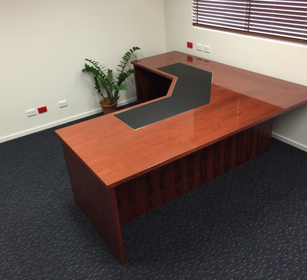 Austek - Timber Desk unit