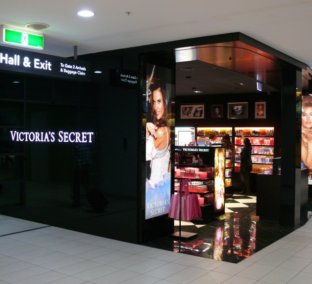 Victoria's Secret Airport Store