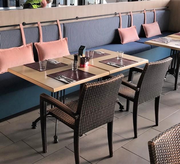 Dundees Restaurant